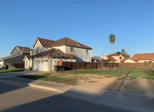 1130 Pointe Oeste, Gustine, CA 95322 (MLS #221014640) :: Keller Williams - The Rachel Adams Lee Group