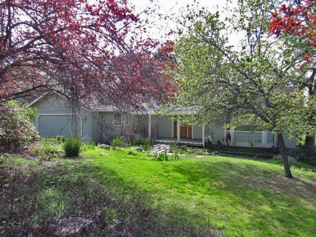 13975 Sun Forest Drive, Penn Valley, CA 95946 (MLS #221027875) :: REMAX Executive