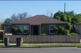 34 E Alpine Ave, Stockton, CA 95204 (#221029489) :: The Lucas Group