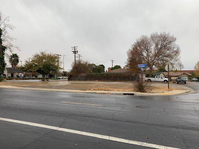 2724 Zinfandel Drive, Rancho Cordova, CA 95670 (MLS #221032983) :: CARLILE Realty & Lending