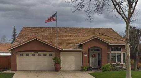 10002 River Bluff Lane, Stockton, CA 95209 (MLS #221035331) :: Keller Williams Realty