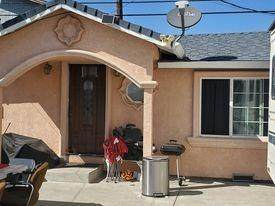 227 Redwood Street, Lodi, CA 95240 (MLS #221036072) :: Keller Williams Realty