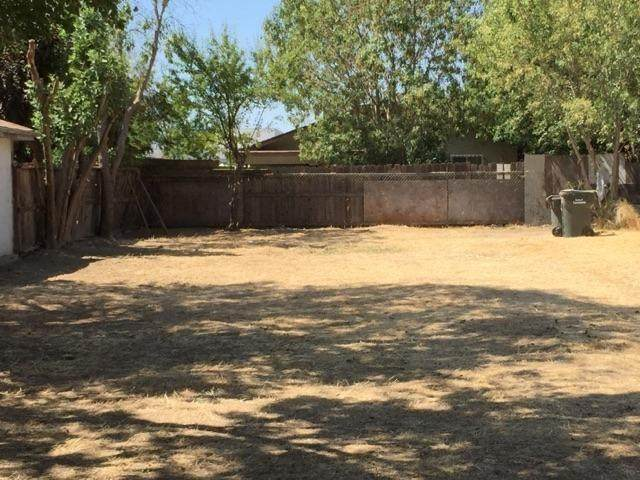 4208 W Nichols Avenue, Sacramento, CA 95820 (MLS #221037102) :: Keller Williams Realty