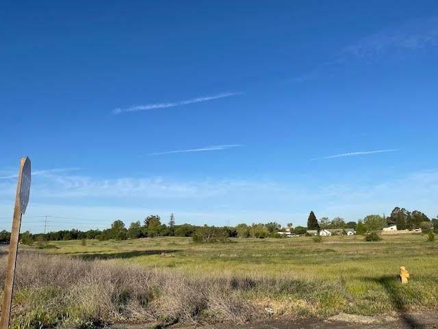 1 Poker Lane, Antelope, CA 95843 (MLS #221037231) :: Keller Williams - The Rachel Adams Lee Group