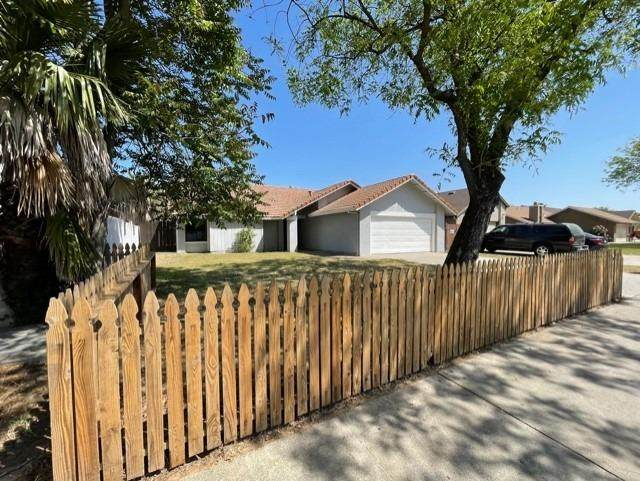 201 E Union Avenue, Modesto, CA 95356 (MLS #221037260) :: eXp Realty of California Inc
