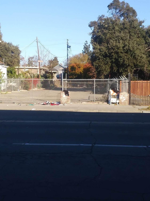 724 Hunter Street - Photo 1
