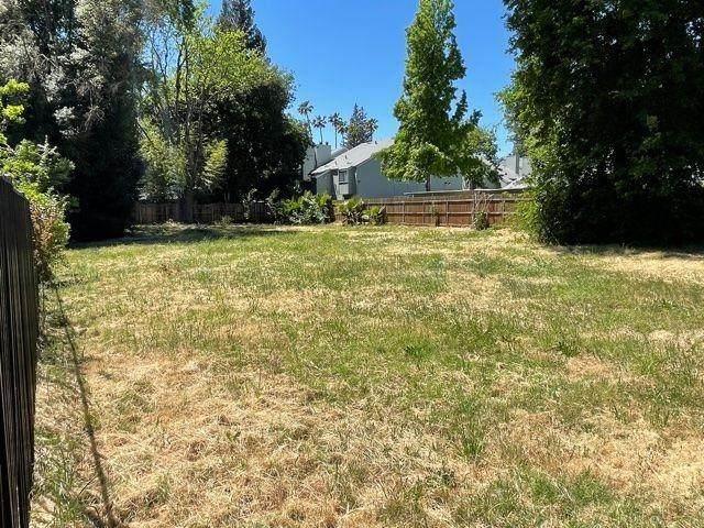 0 Riverside Boulevard, Sacramento, CA 95822 (MLS #221044147) :: Keller Williams - The Rachel Adams Lee Group