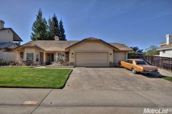 105 Taunton Way, Folsom, CA 95630 (MLS #221045912) :: Keller Williams - The Rachel Adams Lee Group