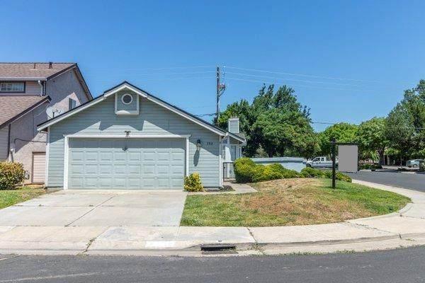 390 Laurelwood Circle Ci, Manteca, CA 95336 (MLS #221048727) :: The MacDonald Group at PMZ Real Estate