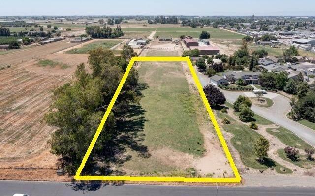 0 1st Street, Hilmar, CA 95324 (MLS #221062935) :: 3 Step Realty Group