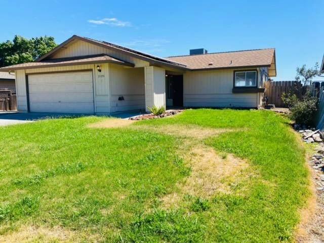 2125 Walbridge, Red Bluff, CA 96080 (MLS #221064183) :: The Merlino Home Team