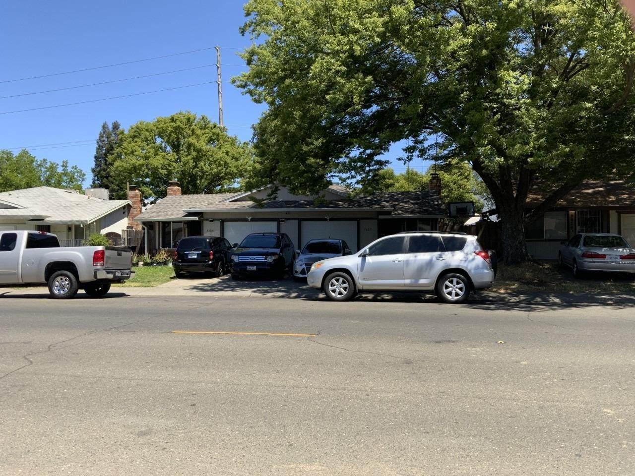 7625 San Simeon Drive - Photo 1