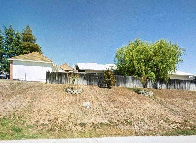 Sacramento, CA 95829 :: Heather Barrios