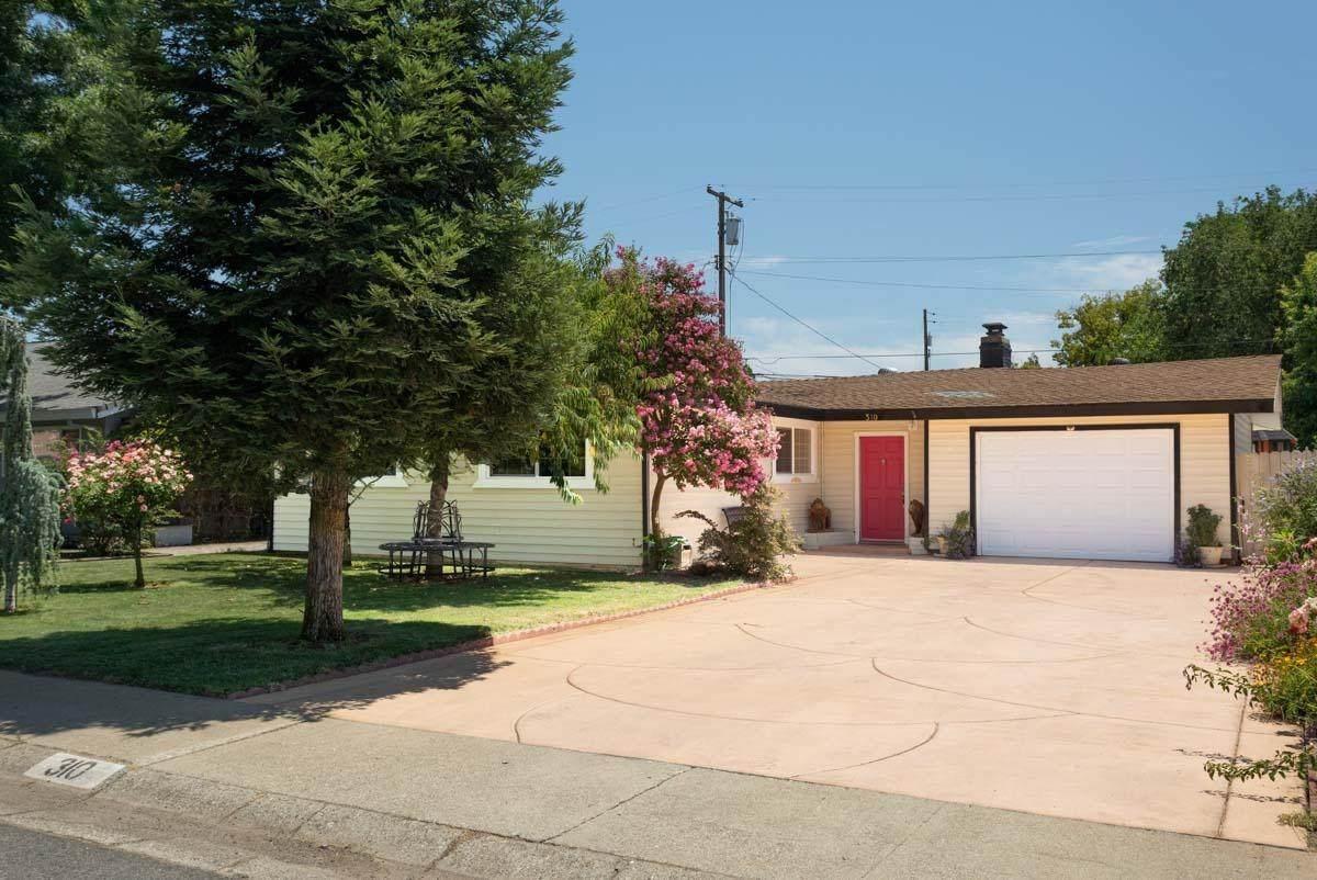 310 Mesa Street - Photo 1