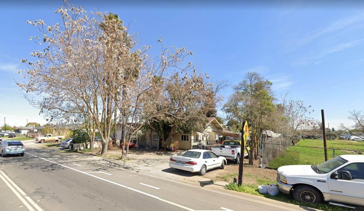 1736 Carpenter Road - Photo 1