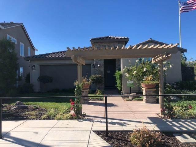 2281 Augusta Avenue, Tracy, CA 95377 (MLS #221080699) :: Keller Williams Realty