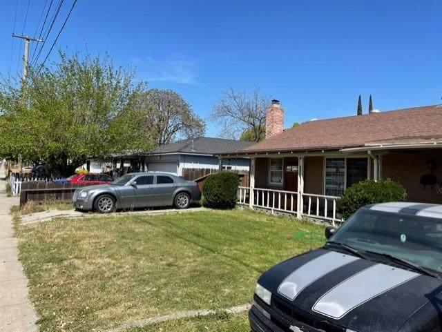 2212 Moffett Road, Ceres, CA 95307 (MLS #221082907) :: The Merlino Home Team