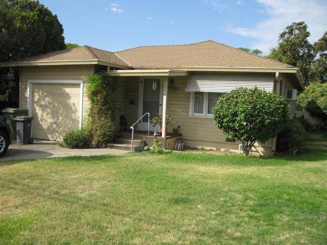 534 S Minaret Avenue, Turlock, CA 95380 (MLS #221083885) :: Deb Brittan Team