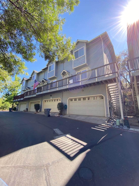 1386 Oak Ridge Drive - Photo 1