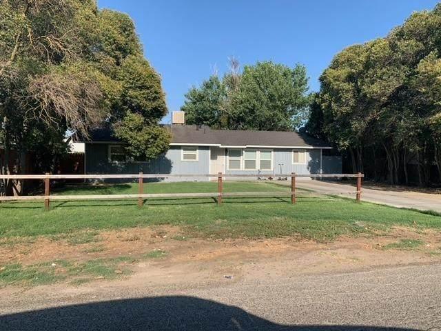 2318 Meadowbrook Avenue, Merced, CA 95348 (MLS #221087410) :: Heidi Phong Real Estate Team