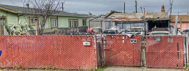 1339 62nd Avenue, Oakland, CA 94621 (MLS #221089572) :: 3 Step Realty Group