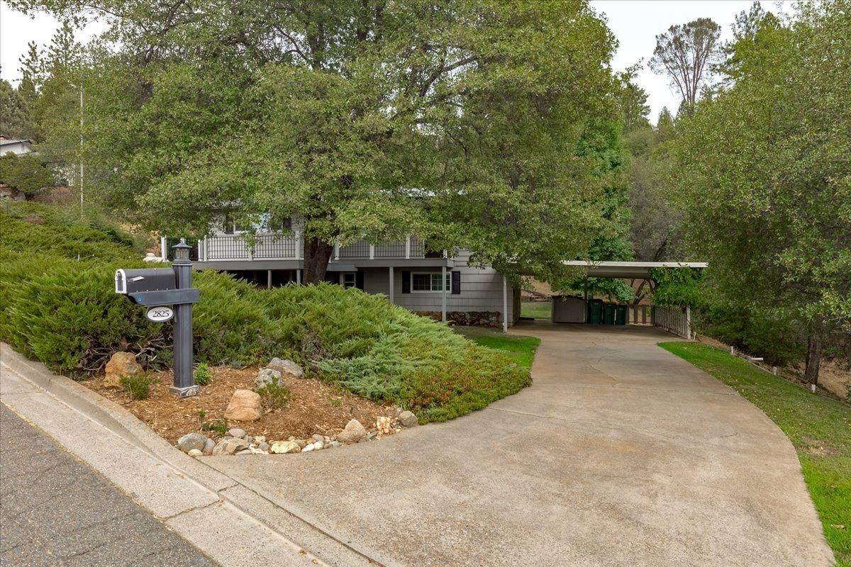 2825 Northridge Drive - Photo 1