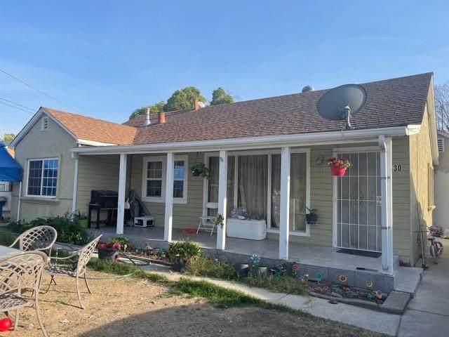 430 Lampasas Avenue, Sacramento, CA 95815 (MLS #221122998) :: Heather Barrios