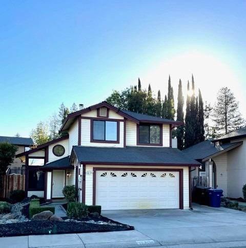 3708 Pinehill Way, Antelope, CA 95843 (MLS #221132022) :: DC & Associates