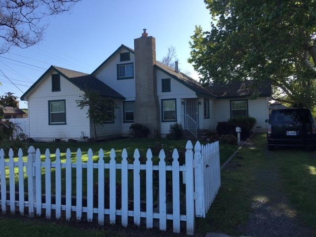 339 N Oak Avenue, Oakdale, CA 95361 (MLS #18023327) :: Dominic Brandon and Team