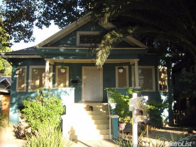 511 20th Street, Sacramento, CA 95811 (MLS #18025769) :: Team Ostrode Properties