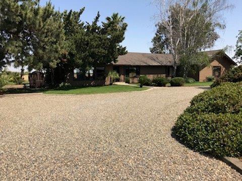 5616 Washington, Livingston, CA 95334 (MLS #18027543) :: Heidi Phong Real Estate Team