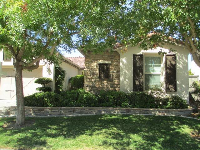 5945 Country Manor Place, Sacramento, CA 95835 (MLS #18055165) :: The Del Real Group