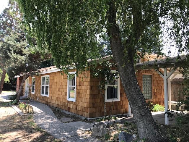 146 N Berkeley Avenue, Turlock, CA 95380 (MLS #18056097) :: The Del Real Group