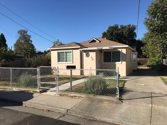 804 Solano Street, West Sacramento, CA 95605 (MLS #18071357) :: The Merlino Home Team