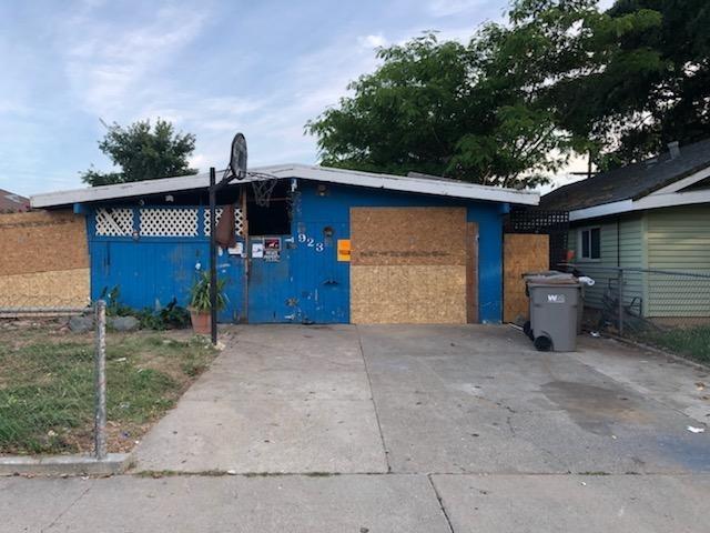 923 Cummins Way, West Sacramento, CA 95605 (MLS #19036110) :: The Merlino Home Team