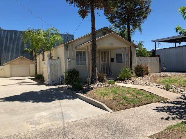 441 N 3rd Avenue, Oakdale, CA 95361 (MLS #20045405) :: The MacDonald Group at PMZ Real Estate