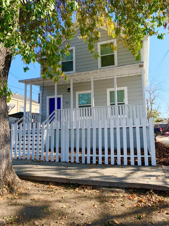 530 Sierra Nevada Street - Photo 1