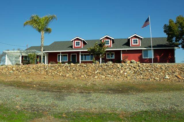 9754 Laredo Street, La Grange Unincorp, CA 95329 (#221008317) :: The Lucas Group