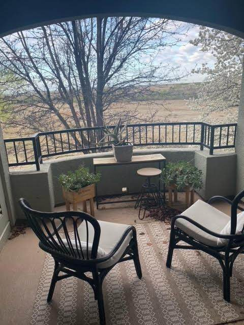 2230 Valley View Parkway #226, El Dorado Hills, CA 95762 (MLS #221020406) :: Keller Williams Realty