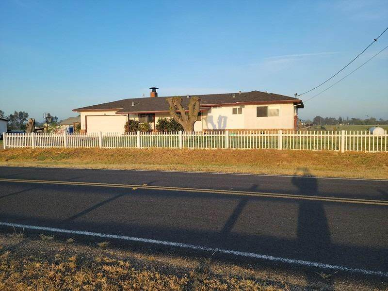 25185 Watkinson Road - Photo 1