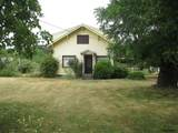 302 Oak St - Photo 1