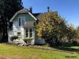 634 Oak St - Photo 2