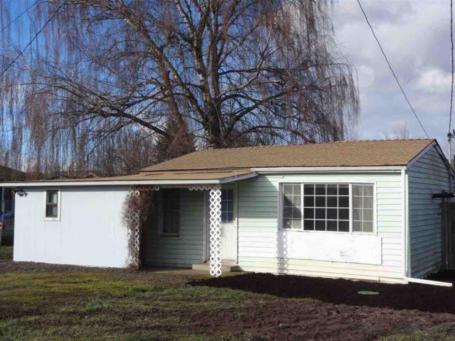 1845 17th Av SE, Albany, OR 97322 (MLS #713918) :: HomeSmart Realty Group