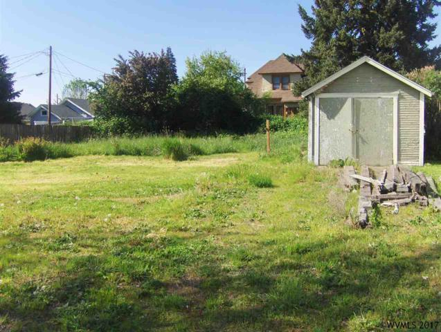 527 4th SE, Albany, OR 97321 (MLS #718153) :: HomeSmart Realty Group