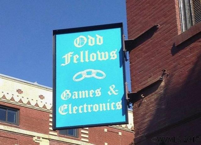 Odd Fellows Games And Electronics, Silverton, OR 97381 (MLS #723209) :: HomeSmart Realty Group