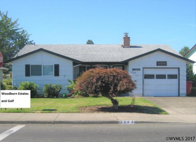 2222 W Hayes St, Woodburn, OR 97071 (MLS #723886) :: HomeSmart Realty Group