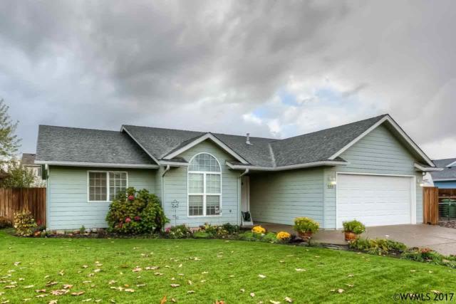 555 N 9th Pl, Aumsville, OR 97325 (MLS #726496) :: HomeSmart Realty Group