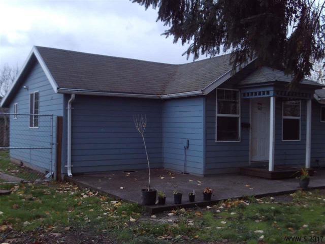548 Ogle St, Woodburn, OR 97071 (MLS #726612) :: HomeSmart Realty Group