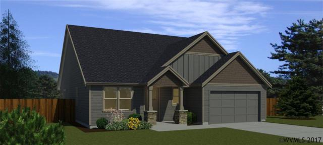 551 SE Cooper St, Dallas, OR 97338 (MLS #727611) :: HomeSmart Realty Group
