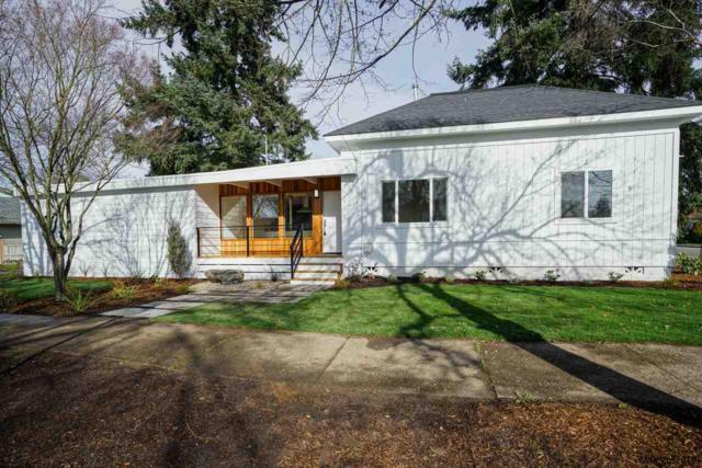 1695 Mill St SE, Salem, OR 97301 (MLS #729152) :: HomeSmart Realty Group